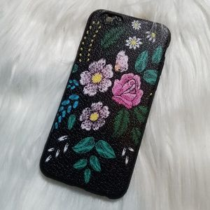 Accessories - NEW iPhone 6/6s Soft TPU Vintage Flower Case